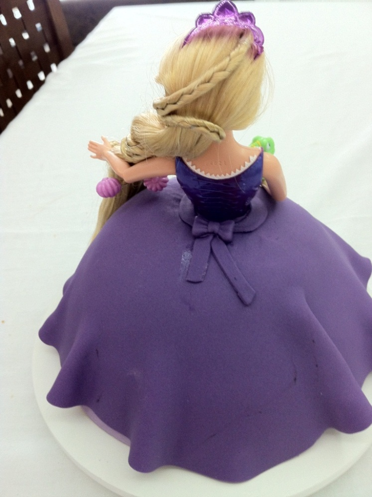 Bolo Rapunzel - Enrolados (2/4)